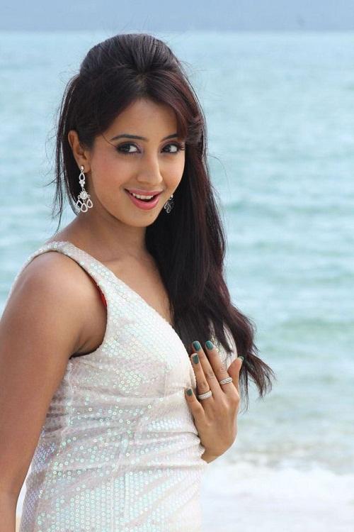 Actress Sanjana Images
