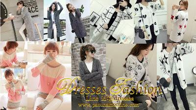 เสื้อแฟชั่นเกาหลี เสื้อผ้าราคาส่ง เสื้อผ้าแฟชั่นอินเทรนด์ ใหม่ล่าสุด มาแรงปี 2017 ขายส่งเสื้อผ้าแฟชั่นเกาหลี เสื้อแฟชั่นเกาหลี แฟชั่นอินเทรนด์สไตล์เกาหลี เสื้อผ้าราคาส่ง ประตูน้ำ แพลตตินั่ม Dresses Fashion แหล่งเสื้อผ้าขายส่ง เสื้อแฟชั่นเกาหลี ขายส่งเสื้อผ้าแฟชั่นเกาหลี แฟชั่นสไตล์ไหนที่กำลังอินเทรนด์ เราคัดสรรมาให้ท่านได้ช้อปกันอย่างจุใจ มีแบบให้เลือกเยอะมาก ขายส่งเสื้อผ้าแฟชั่น ราคาส่งประตูน้ำ แพลตตินั่ม ไม่แพงและถูกมาก!! ตอนนี้เทรนด์เสื้อผ้าสไตล์เกาหลีที่กำลังมาแรงสุดๆๆ คงหนีไม่พ้น เสื้อคลุมแฟชั่น ผ้าสเปนเนส ยืดได้ และผ้าวิ้งวิปวัป ที่จะช่วยเพิ่มออร่าให้สาวๆ ดูชิค ดูชิว ได้ทุกโอกาส และแฟชั่นอีกตัวนึงที่กระแสมาแรงมากๆๆ คือแฟชั่นคอปาด ที่เวลาใส่แล้ว จะทำให้เราดูเซ็กซี่คูณสองกับลุคสบาย แบบเร้าใจจนใครๆๆ ต้องเหลียวมอง วันนี้เราจึงขอเสนอแฟชั่นมาใหม่ เสื้อแฟชั่นเกาหลี แฟชั่นมาใหม่ล่าสุด เสื้อผ้าแฟชั่นที่คุณจะต้องมีติดไว้ในตู้เสื้อผ้าเพราะลุคนี้ สไตล์นี้เทรนด์มาแรงมากๆๆ รออะไรล่ะจ้า เจ้าแม่แฟชั่นทั้งหลาย รีบช้อปกันได้เลยจ้า!!   Dresses Fashion เปิดรับตัวแทนจำหน่าย เสื้อแฟชั่นเกาหลี เสื้อผ้าแฟชั่นสไตล์เกาหลี แบบมาใหม่ทุกวัน มีสินค้าพร้อมส่งทุกตัว สนใจทัก Line id: @dresses (อัพเดทสินค้าไทม์ไลน์ทุกวัน) มีหน้าร้านและโกดังสินค้าเปิดทุกวัน 8.00-19.00 น.  095-6754581 โกดังสินค้า 054-010410 อยากเปิดร้านเสื้อผ้าแฟชั่น ยินดีให้คำปรึกษาฟรี!! สมัครตัวแทน คลิก  https://goo.gl/Ki9G2P   อยากซื้อ!! เสื้อผ้าราคาส่ง เสื้อแฟชั่นเกาหลี สวยๆๆ คลิกลิงค์ด้านล่าง ตามไปดูแฟชั่นทั้งหมดได้เลยจ้า 💖รวมแฟชั่น คลิก https://goo.gl/L5biPb 💖สินค้า SALE คลิกจ้า https://goo.gl/XBK4F9 💖กางเกง กระโปรง คลิก https://goo.gl/NwrbQx 💖ชุดแต่งงาน คลิก https://goo.gl/3V2mP8  เว็ปขายส่ง เสื้อแฟชั่นเกาหลี ที่ฮิตที่มาแรงที่สุดตอนนี้ ติดตาม👗👜 ยังไงก็คุ้ม❗ ⭐เพจร้านค้า:  https://www.facebook.com/dresses168/ ⭐เฟคบุ๊ค: https://www.facebook.com/fashiondress168 ⭐Blog: http://dresses168.blogspot.com/ ⭐เว็ปไซต์ : http://patunamonline.com/    ภาพแฟชั่นที่นำเสนอ ซื้อได้!! มีสินค้าพร้อมส่งทุกตัว รับตัวแทนจำหน่าย สนใจทัก Line id: @dresses (อัพเดทสินค้าไทม์ไลน์ทุกวัน) มีหน้าร้านและโกดังสินค้าเปิดทุกวัน 8.00-19.00 น.  095-6754581 โกด