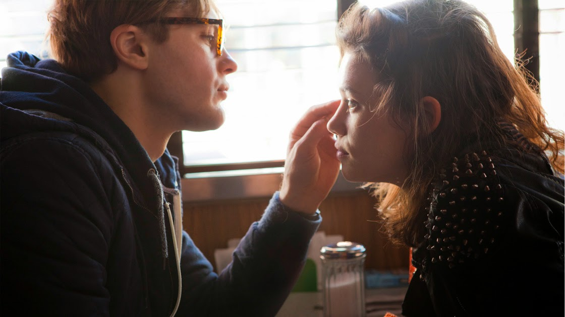 I Origins:Michael Pitt - Astrid Bergès-Frisbey | A Constantly Racing Mind