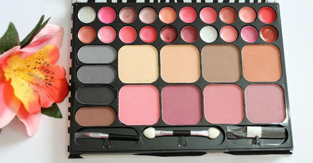 Paleta de maquillaje IDC colors