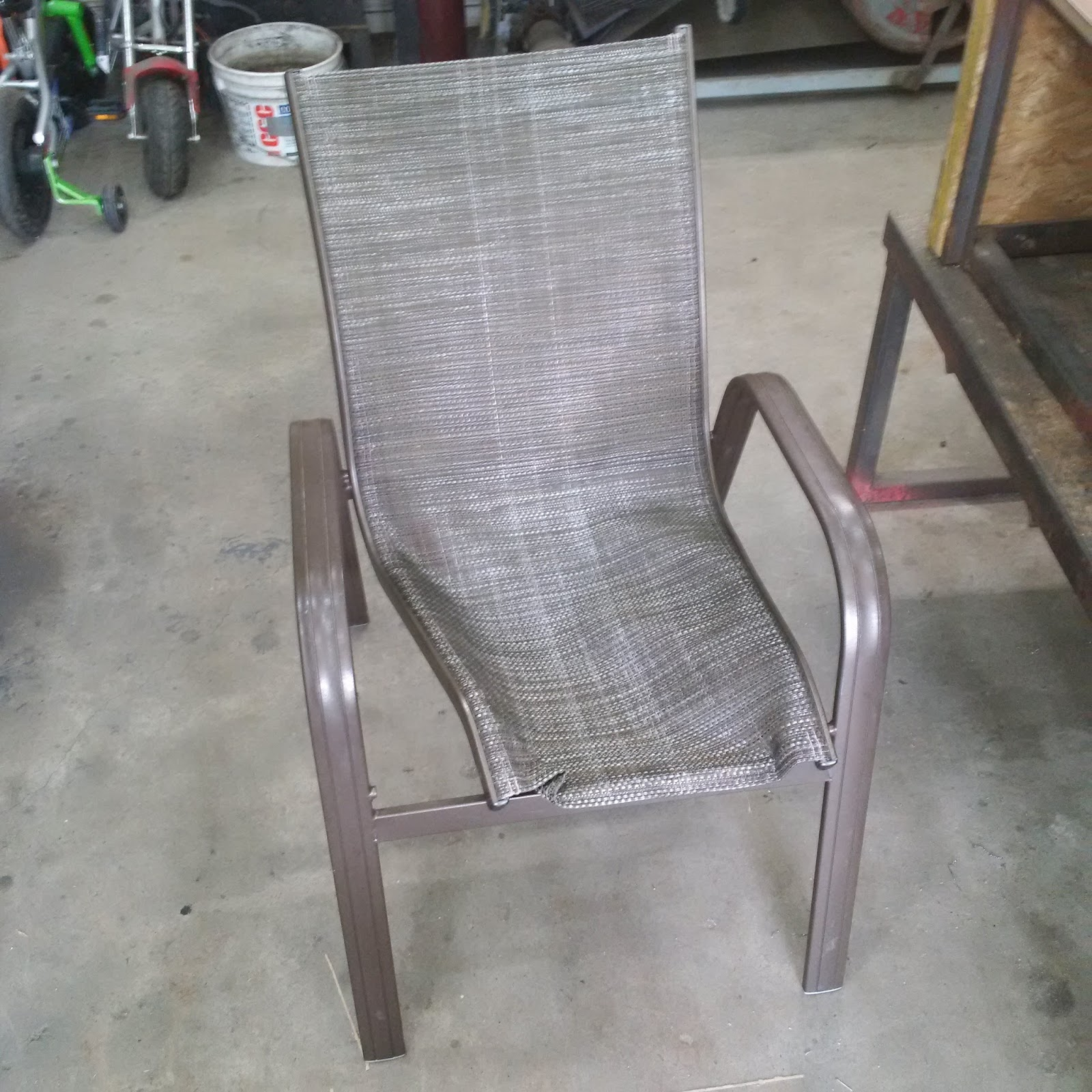 another day another project fixing a patio chair rh chris eigenheer blogspot com