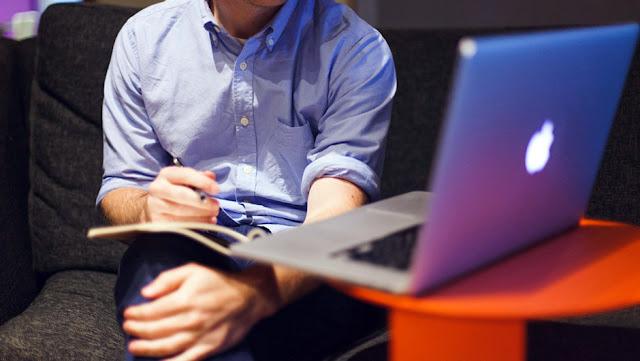 اعداد و عمل المقابلات من خلال الإنترنت