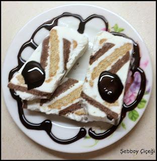 kolay büsküvi pastası