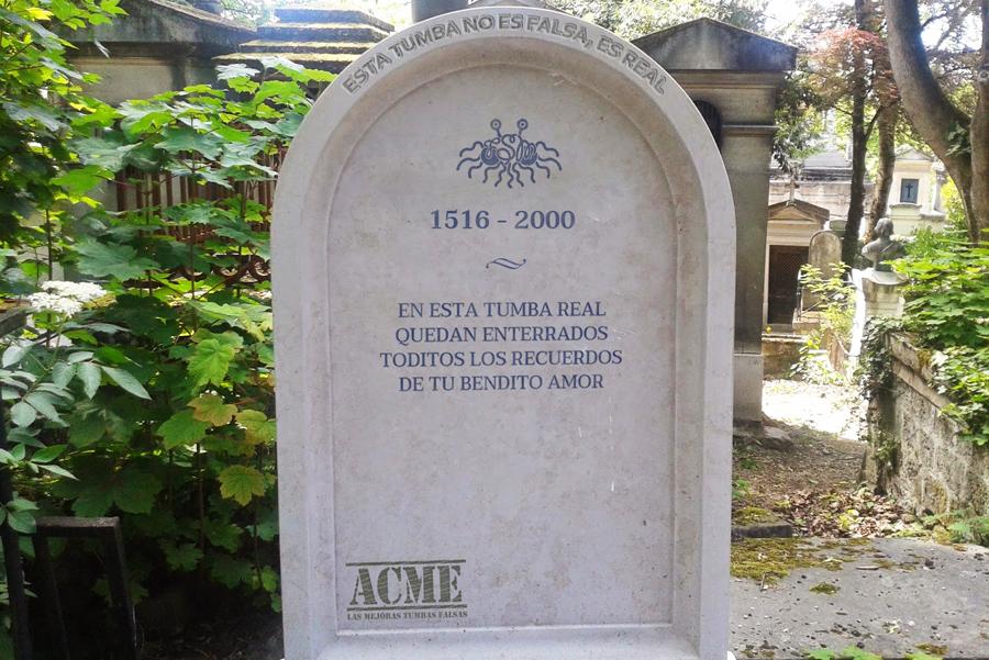 Una tumba o lápida marca ACME - Análisis de la letra de la canción La tumba falsa de Los Tigres del Norte | Ximinia