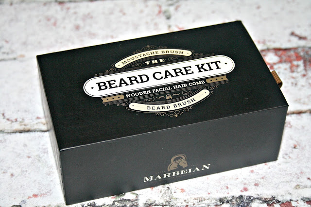BEARDS: Beard & Moustache Brush Travel Kit