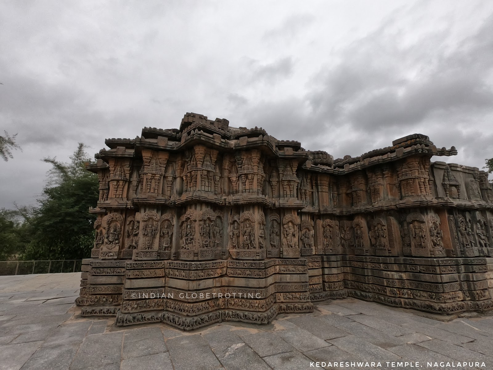 Kedareshwara Temple is a lesser known hoysala temple located in Nagalupra near to turuvekere