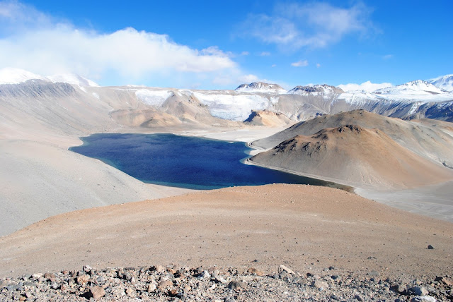 Cráter Corona del Inca. La Rioja, Argentina