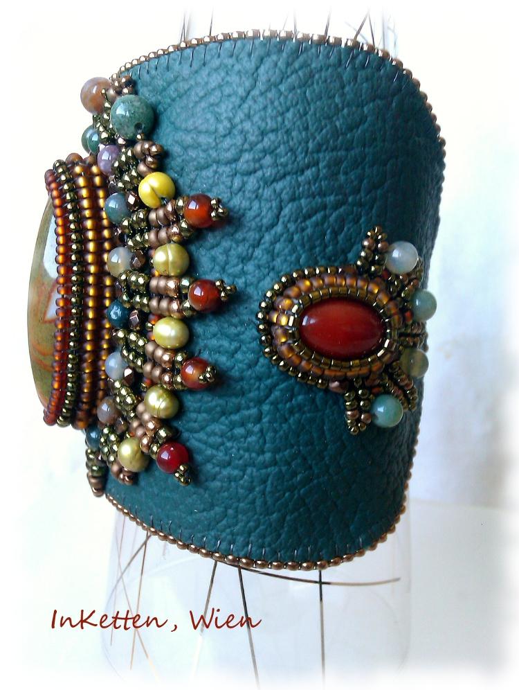 inketten bead embroidery agate cuff pendant. Black Bedroom Furniture Sets. Home Design Ideas