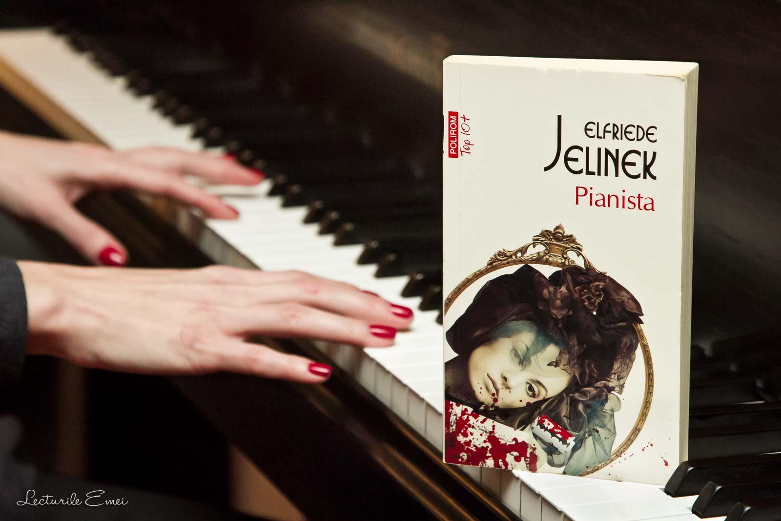 recenzie Pianista de Elfriede Jelinek carte