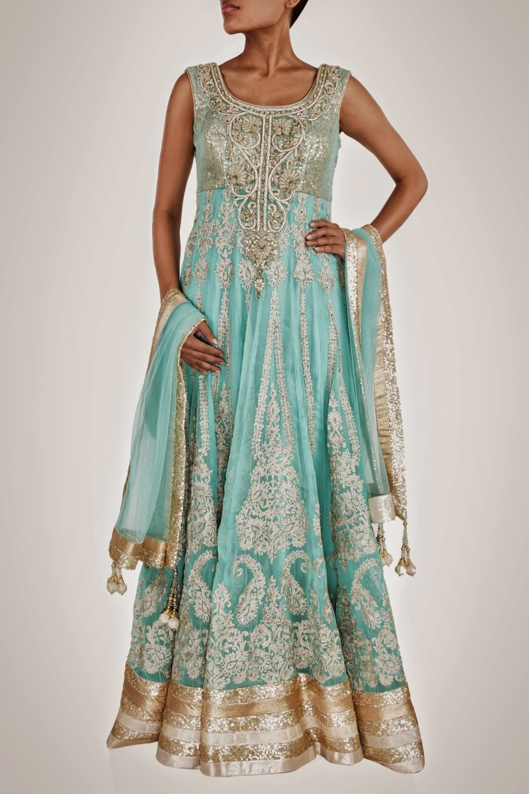 Designer Replica Dresses Wholesale Bollywood Actress Saree Collections Designer Anarkali Suits