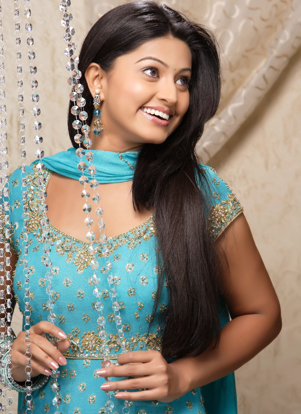 sneha actress south stills tamil indian saree suhasini viewtamilx film naidu wallpapers reddy reddys