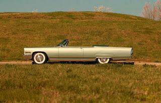 1966 Cadillac Eldorado Cabriolet Green Side Left