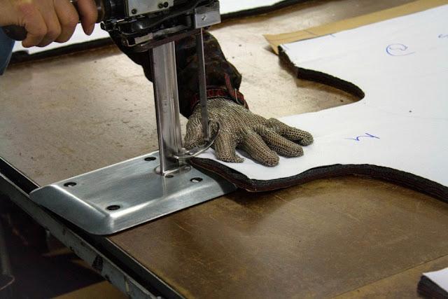 Một vài điều cần biết khi tiến hành cắt vải
