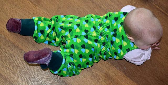 Trägerhose aus Nicky nähen: Schnittmuster Retrohose
