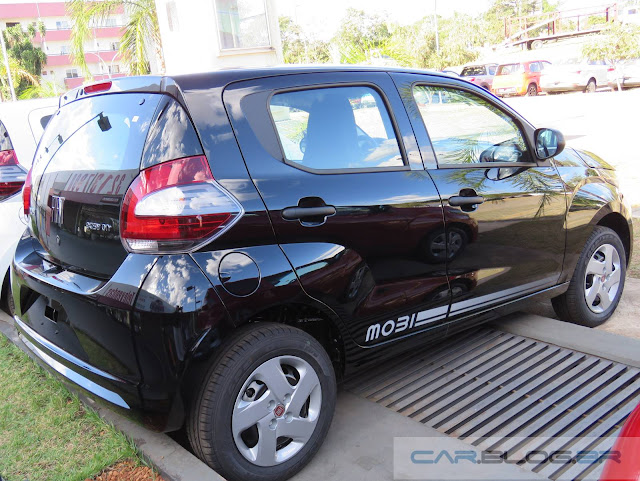 Fiat Mobi Easy On - Preto