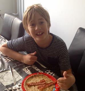 Junior foodblogger Bodhi
