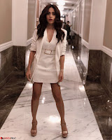 Nushrat Bharucha New Bollywood sensation from Sonu Ke u Ki Sweety Exclusive Unseen Pics ~  Exclusive Gallery 015.jpg