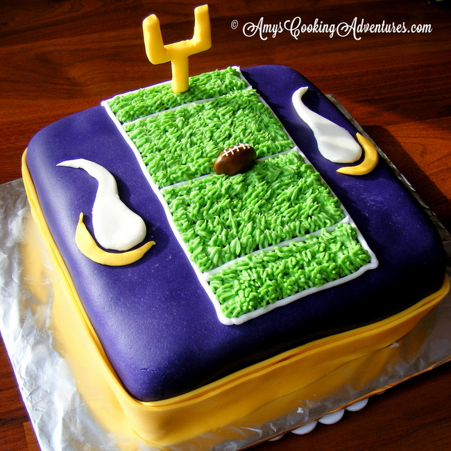 Pleasant Amys Cooking Adventures Mn Vikings Cake Funny Birthday Cards Online Elaedamsfinfo
