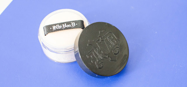 Lock it Powder de Kat von D,