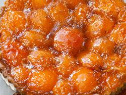 Kukurūzų kruopų pyragas su abrikosais