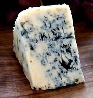 فوائد الجبنة الريكفورد ، فوائد الجبنة الخضراء ، فوائد الجبنة الزرقاء