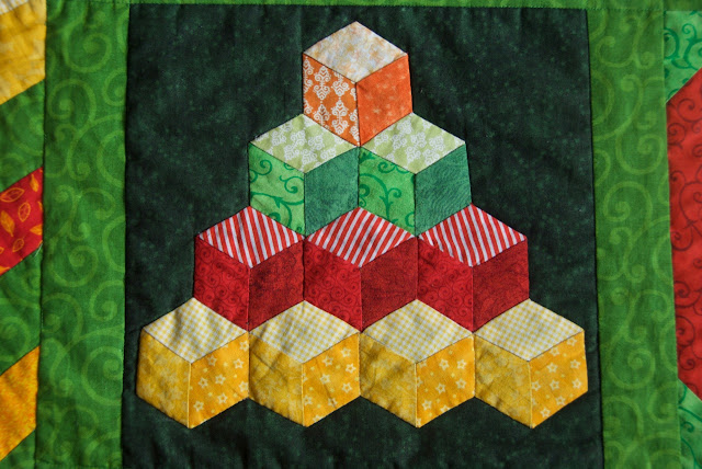 The Sunny Sampler - tumbling blocks block