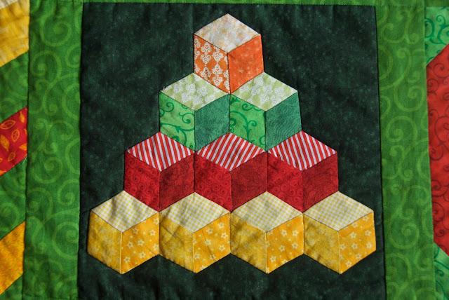 The Sunny Sampler - tumbling blocks block