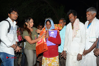 Actress Sri reddy (apthatrust director) Distrubuted Blankets for Orphans at Sai Baba Temple  0057.JPG