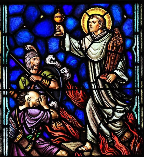 São Jacinto, vitral da igreja de Santo Domingo, Washington, D.C..