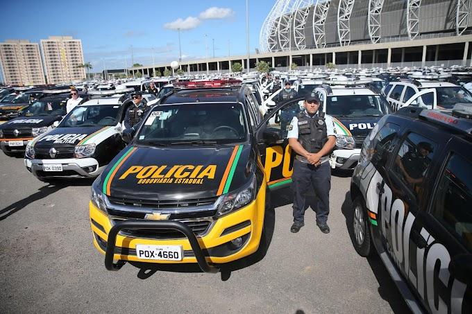 REFORÇO: Governo entrega 100 novas viaturas para a PM