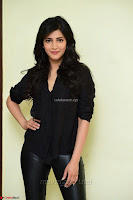 Shruti Haasan Looks Stunning trendy cool in Black relaxed Shirt and Tight Leather Pants ~ .com Exclusive Pics 017.jpg