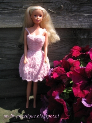 Haak Maar Aan Barbie Jurkjes