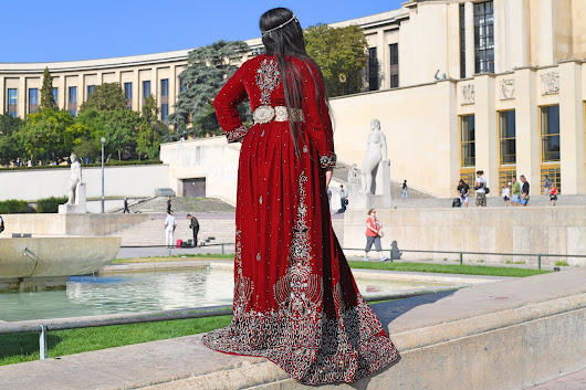 Sarah Modeee: BECOME A QUEEN WITH RAIHNAS_CAFTAN