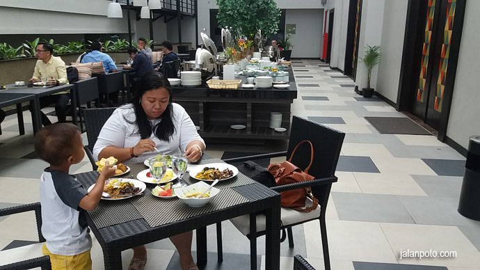 Restoran Hotel Clove Bandung
