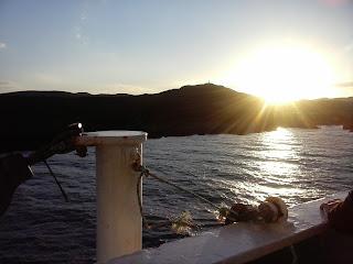 vyhlad z lode na ostrov