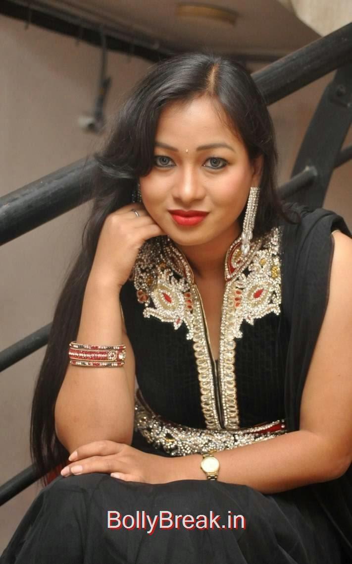 Sneha Pictures, Actress Sneha Hot pics In Black Shalwar Kameez