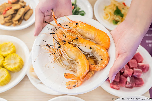 MG 9761 - 熱血採訪│台中第1間泰國流水蝦就在泰夯蝦!全台首創18米玻璃透明LED水道,還有熟食沙拉熱炒海鮮時蔬甜點冰淇淋吃到飽