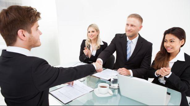 5 Cara Berkomunikasi dengan Baik di Tempat Kerja