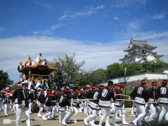 Danjiri Matsuri (pulling huge festival floats), Kishiwada City, Osaka