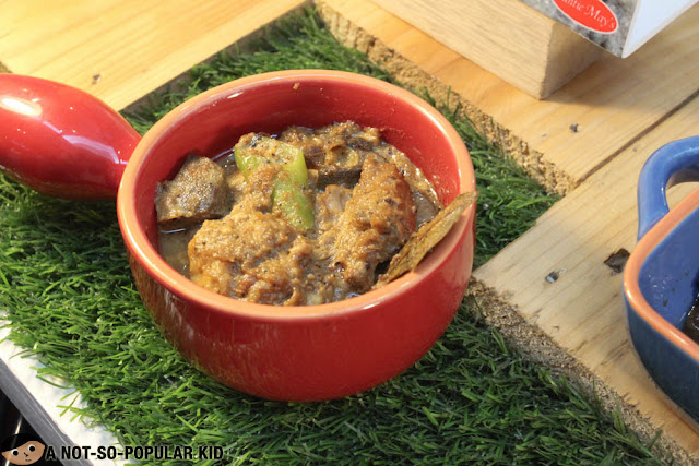 Adobo sa Gata by Auntie May's