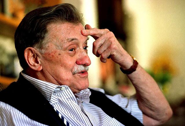 Poetas 30 Frases De Mario Benedetti Para Recuperar Un Amor Perdido