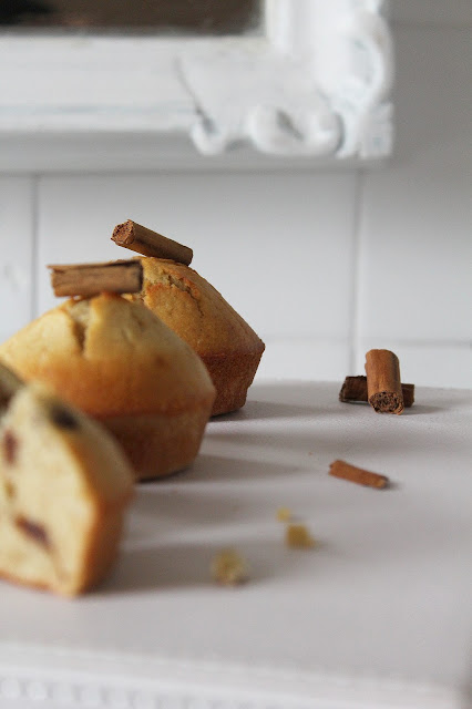 MUFFIN INTEGRALI CON CANNELLA E CIOCCOLATO
