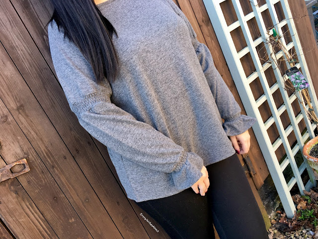 Grey Frill Sleeve Knit Top