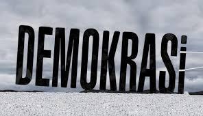 demokratisasi pemerintahan daerah
