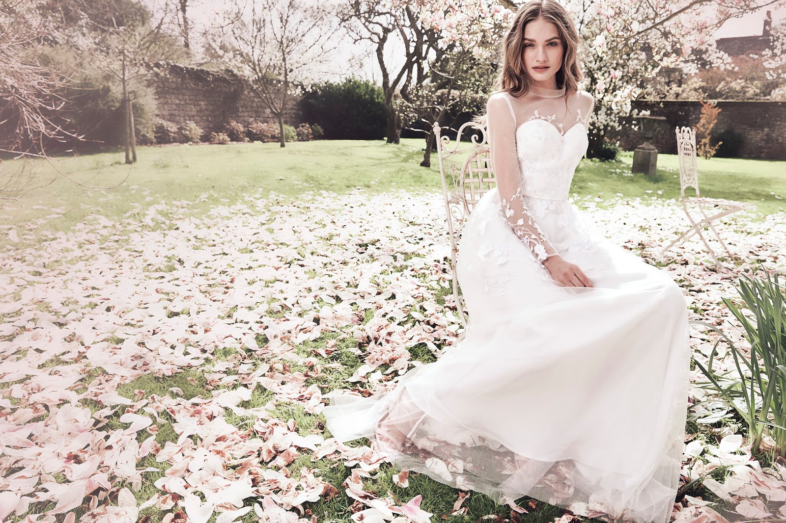 Offering Up A Gorgeous Selection Of Timeless Bridal Styles Chi London Is Causing Stir Showcasing Everything From Tiered Skirts To Dreamy Delicate