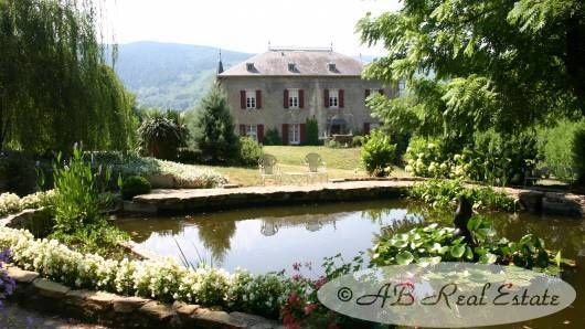 #Castres area: Exceptional property, quietly situated, with Chateau for sale