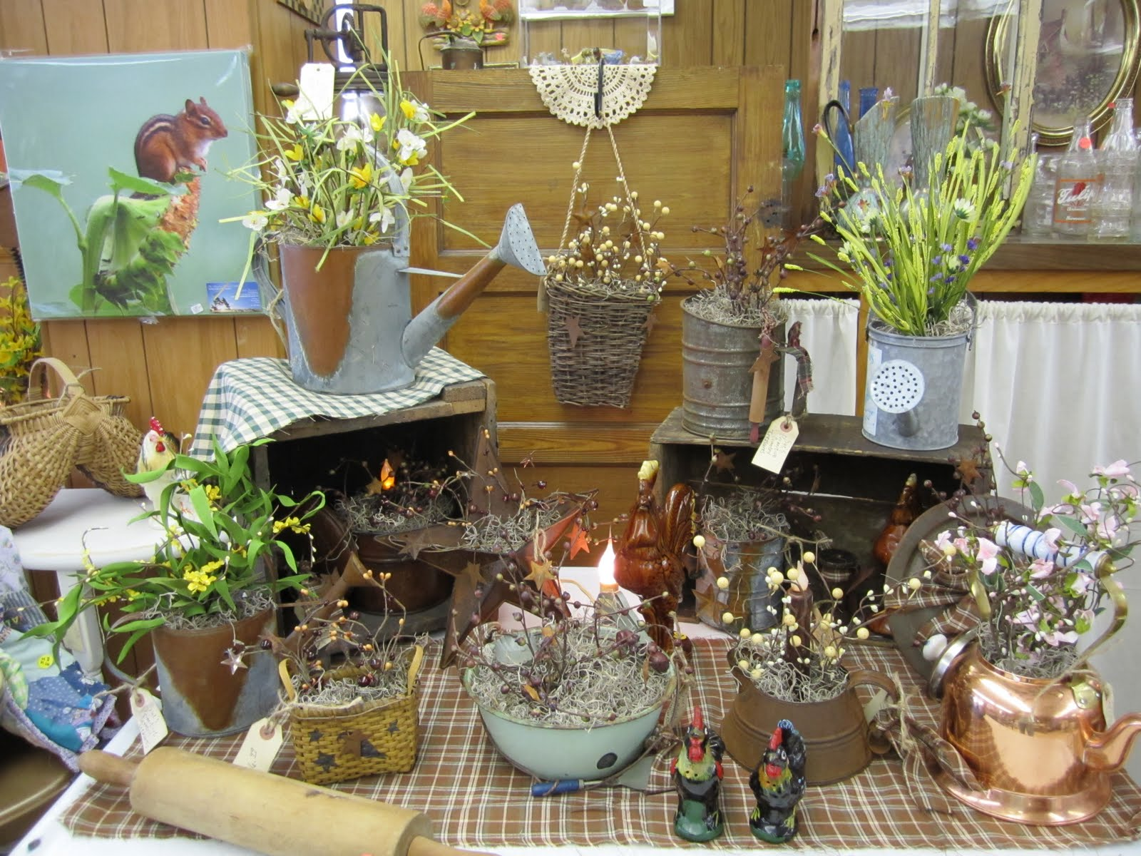 We Re Crushing On The Primitive Country Decor In This City: ~SuesJunkTreasures~: Sue's Primitive Country Treasures