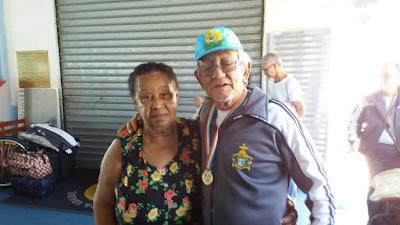 Atletas da terceira idade da Ilha Comprida comemoraram participação nos JORI