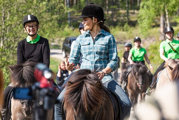 Crown Princess Victoria rode an Icelandic horse to the Skottvang mine. The Skottvang Mine is a old iron mine turned museum