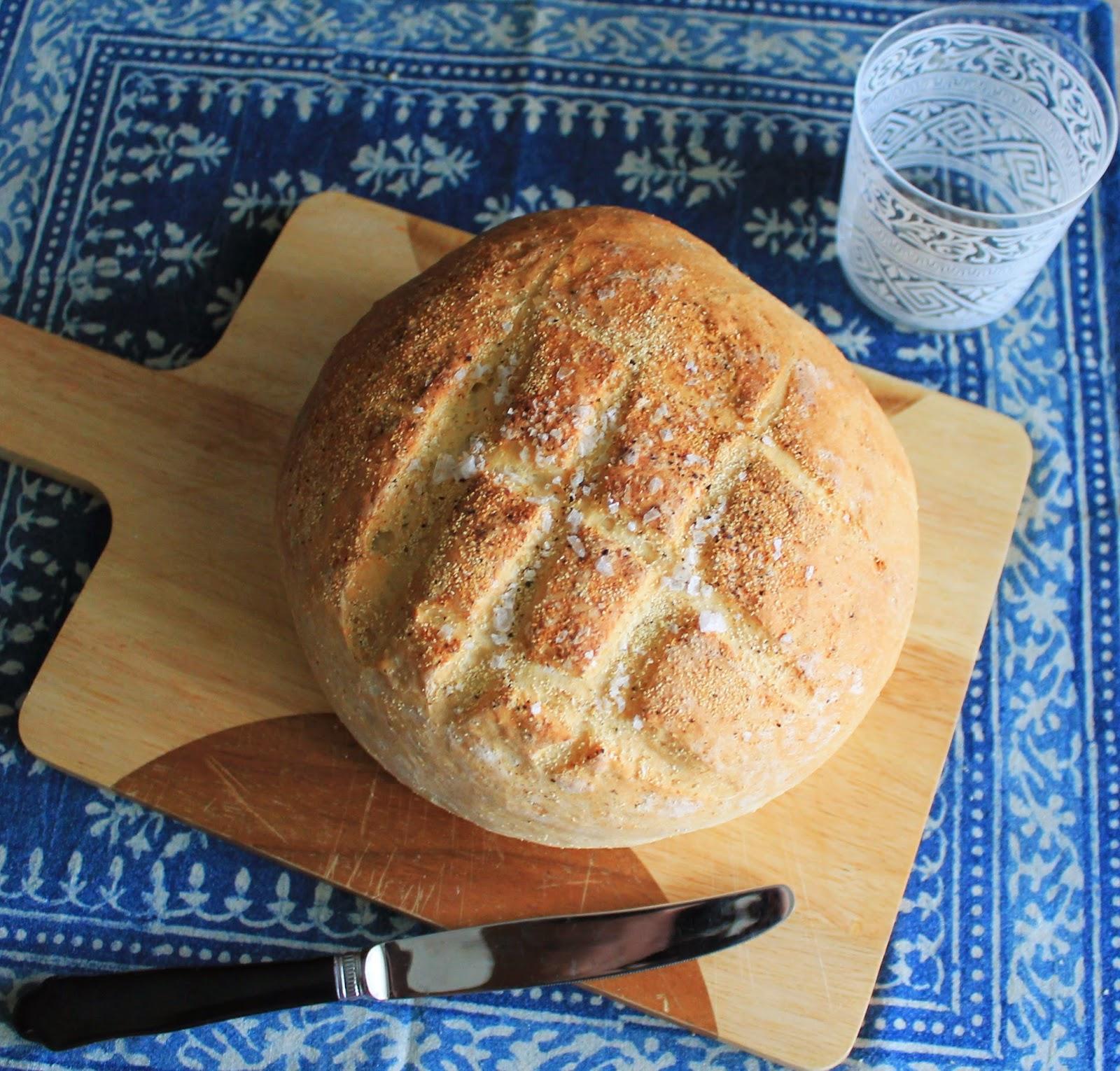 Principiando En La Cocina Pan Crujiente Con Sal Y Pimienta